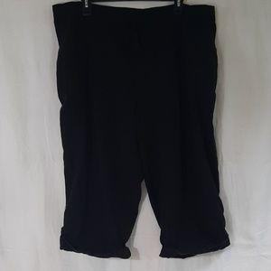 Black Linen Capris 2X